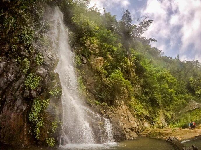 visit-to-seloprojo-waterfall-on-the-slopes-of-telomoyo-mountain