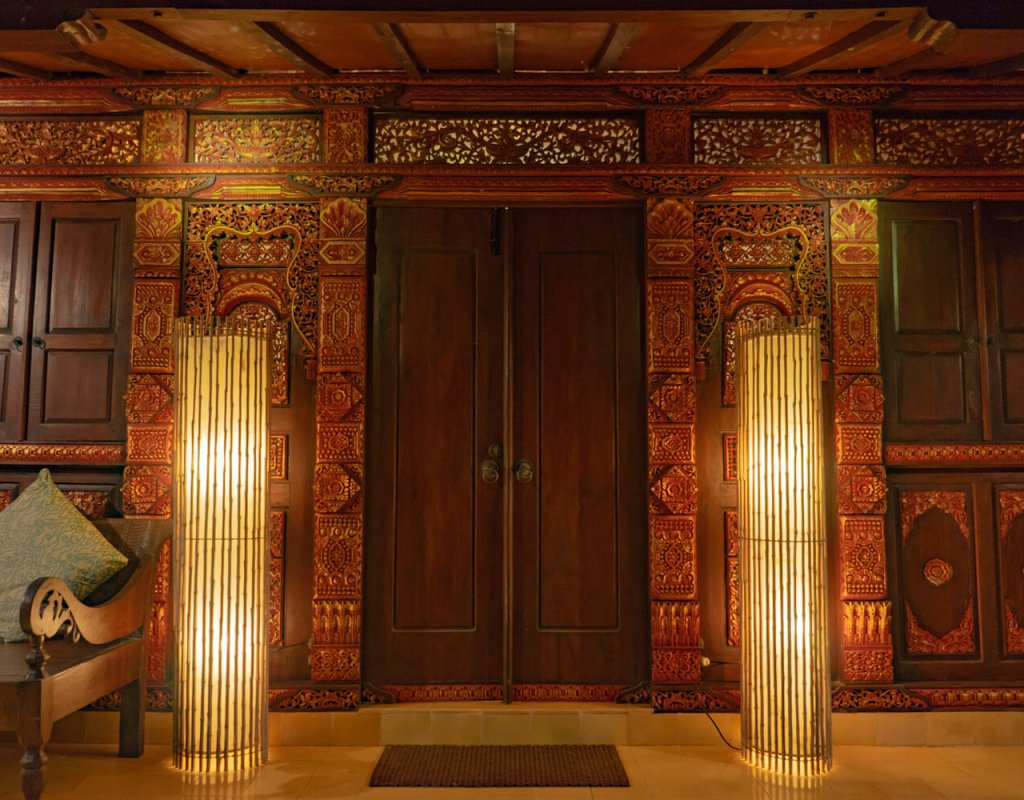 Villa-Borobudur-Temple-Resort-Luxury-Hotel-Java-Indonesia-borobudur-siddharta-suites-front