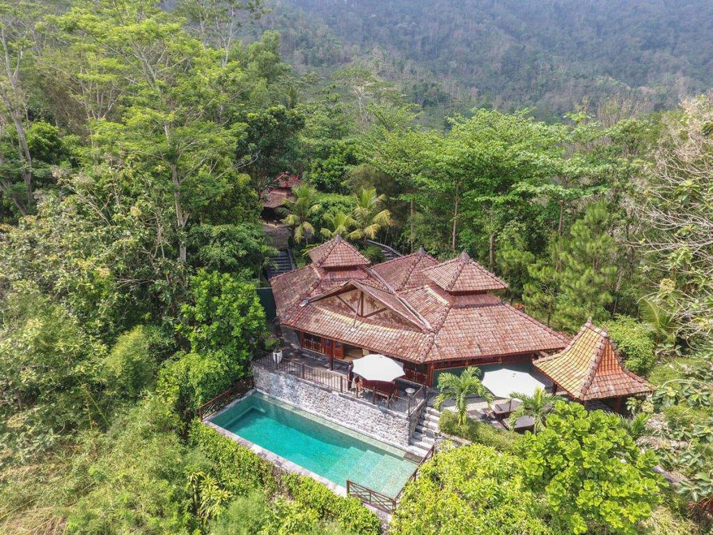 Villa-Borobudur-Temple-Resort-Luxury-Hotel-Java-Indonesia-diponegoro_aerial_above