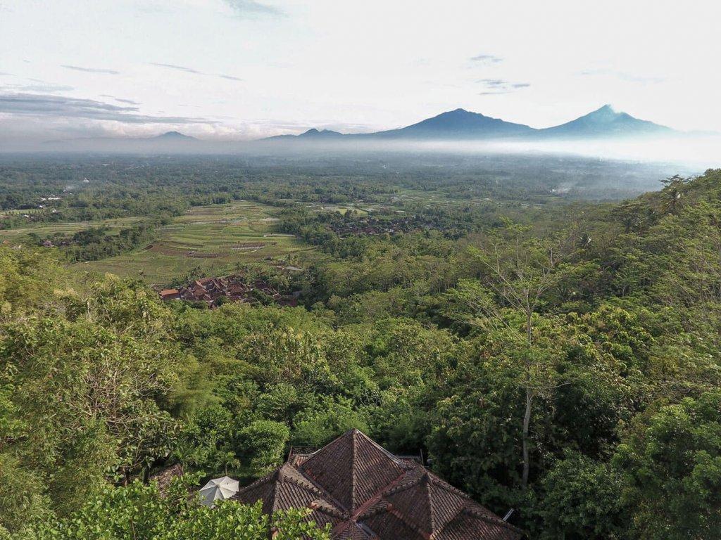 Villa-Borobudur-Temple-Resort-Luxury-Hotel-Java-Indonesia-diponegoro_aerial_front