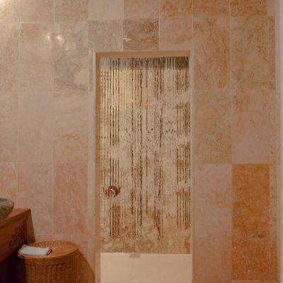 villa_menoreh_bathroom1